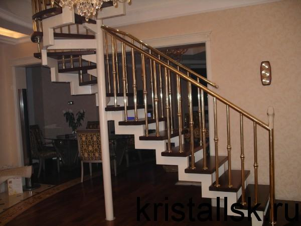 Лестницы на металлических косоурах
