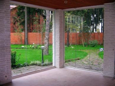 Области применения безрамного остекления фасадов